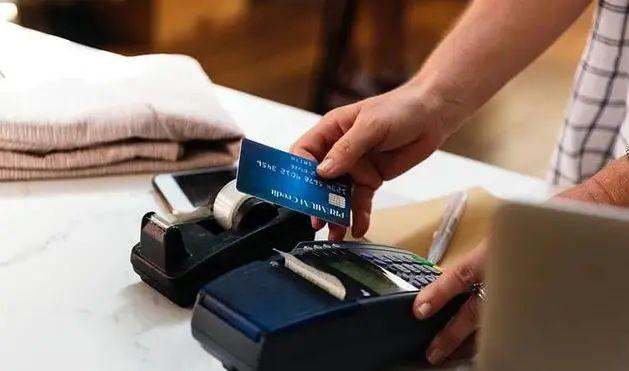 POS机刷卡,银行看重MCC码还是商户名称?